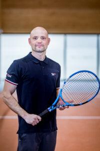 Tenis Kostia3 200x300 - Strona główna
